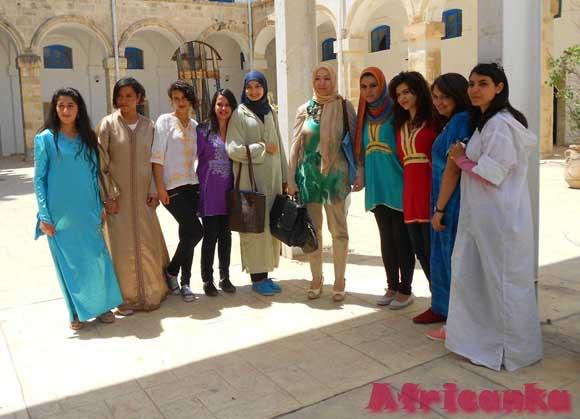 одежда в Тунисе
